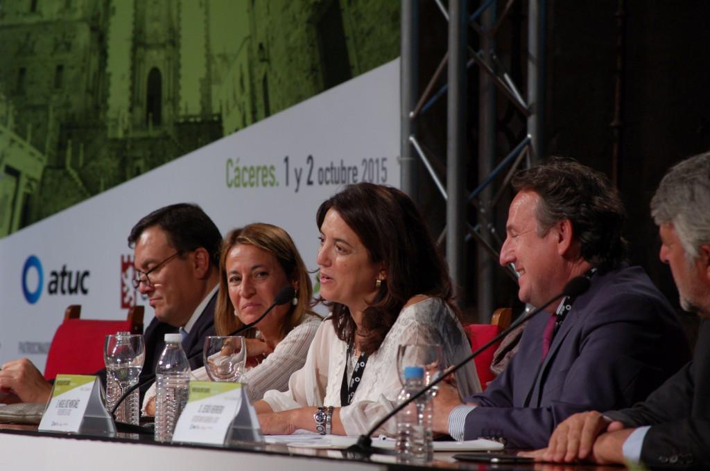 La secretaria general de Coordinación Autonómica y Local del Gobierno de España, Rosana Navarro